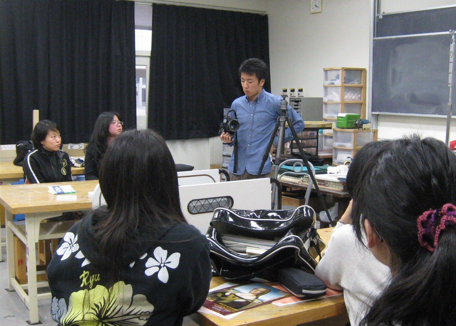 2010.1.22 新宿高校訪問1日目.jpg