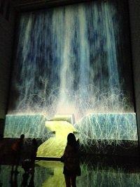 憑依する滝、人工衛星の重力(ブログ).jpg